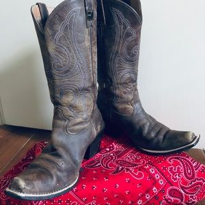 Ariat Ladies Boots 8